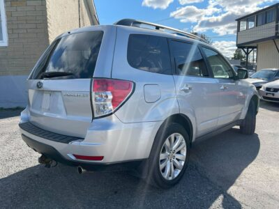 2011 SUBARU FORESTER ALL WHEEL DRIVE WITH PANORAMIC SUN ROOF
